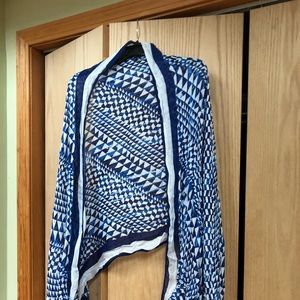 Charming Charlie blue and white scarf